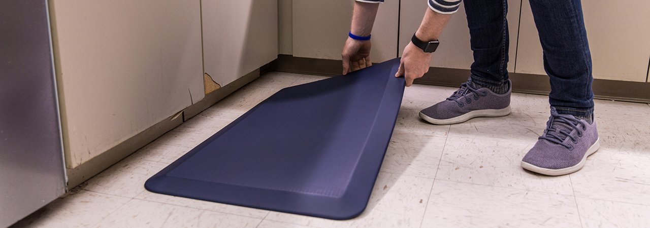 5 Best Kitchen Floor Mats - Feb. 2020 - BestReviews