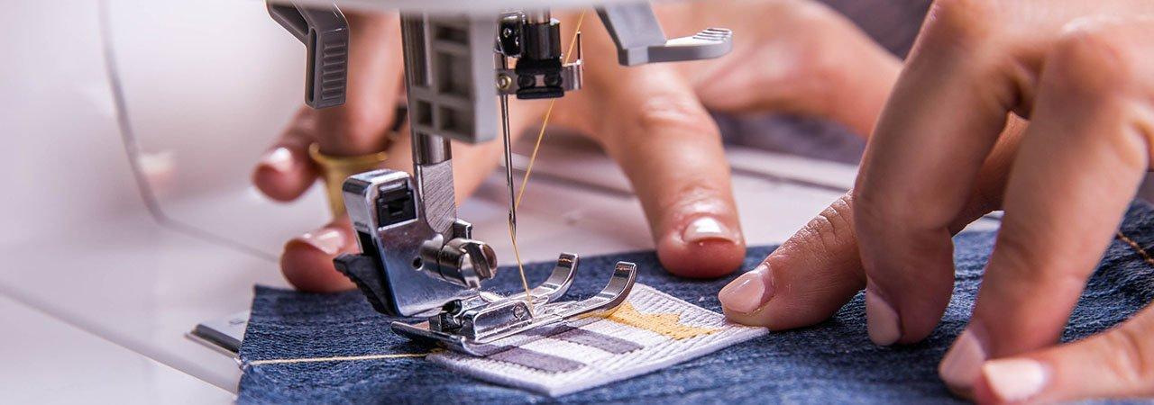 40 Best Monogram Machines Dec 40 BestReviews Interesting Monogram And Sewing Machine
