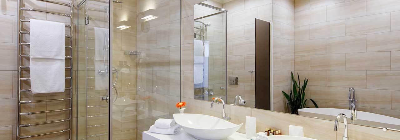5 Best Pivot Shower Doors - Oct. 2018 - BestReviews