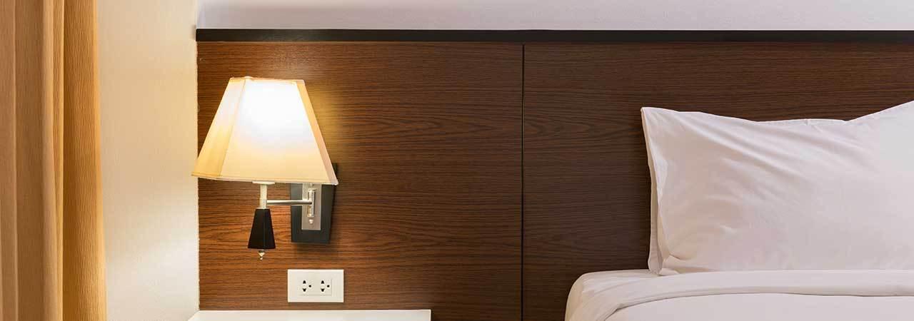 5 Best Headboard Lamps May 2020
