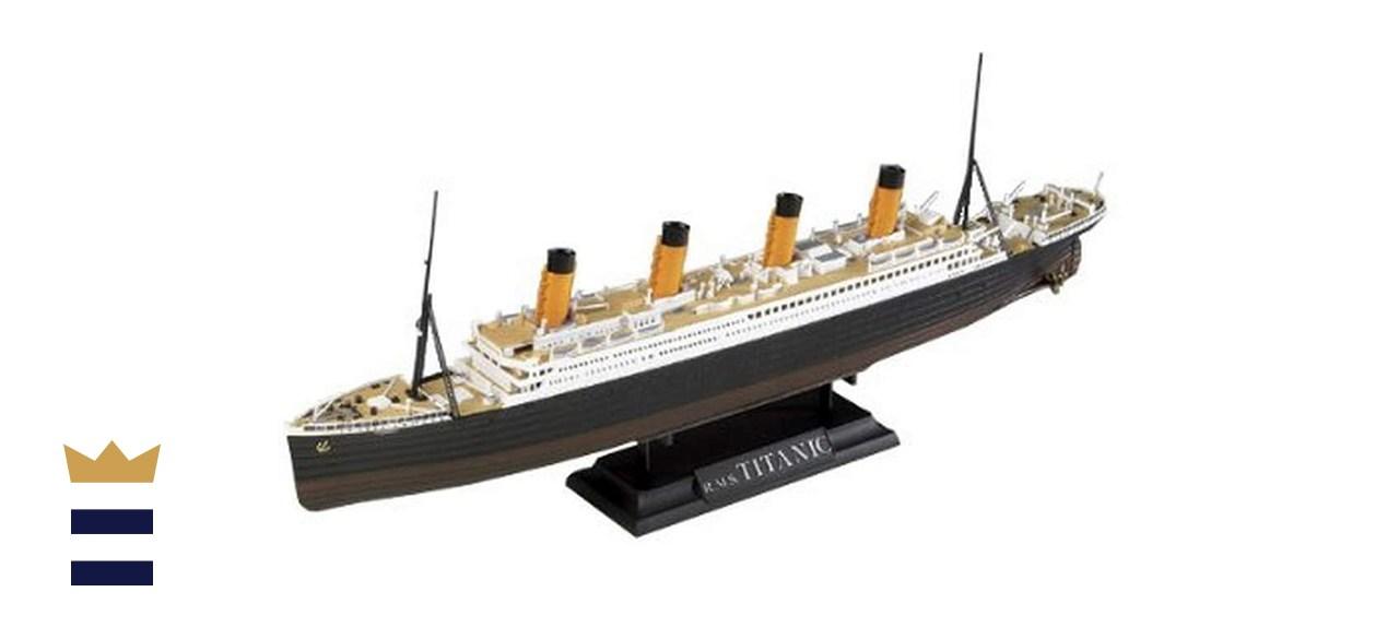 Academy R.M.S. Titanic Centenary Edition