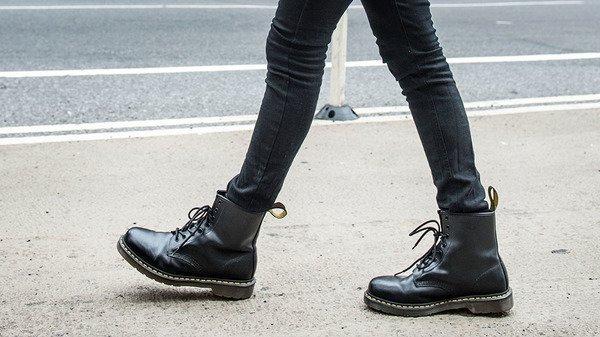men's dr marten's boots1