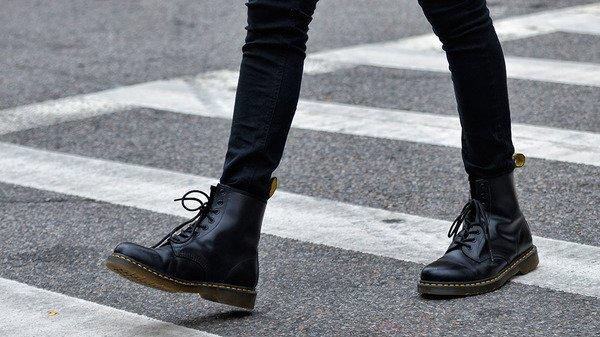 men's dr marten's boots3