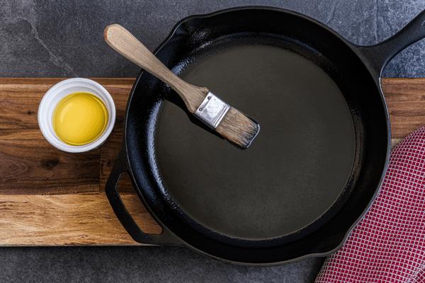 cast iron oil1