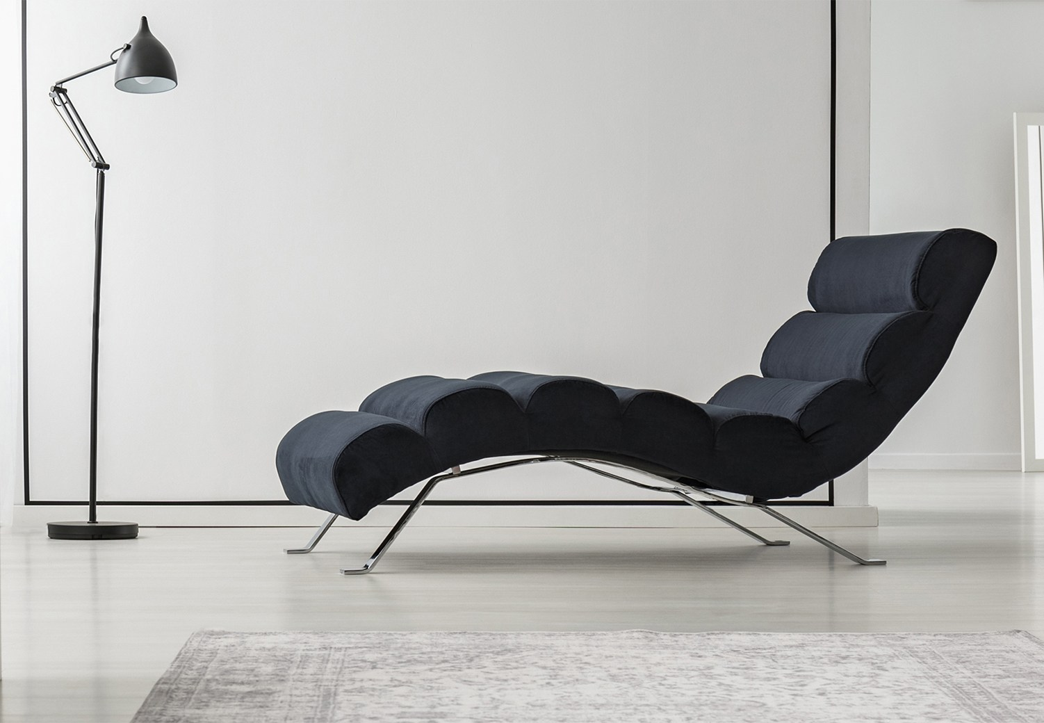 chaise lounges3