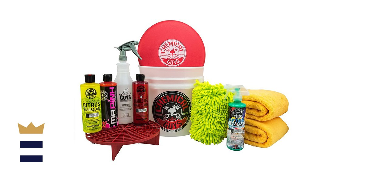 Chemical Guys HOL121 Best Car Wash Bucket Kit
