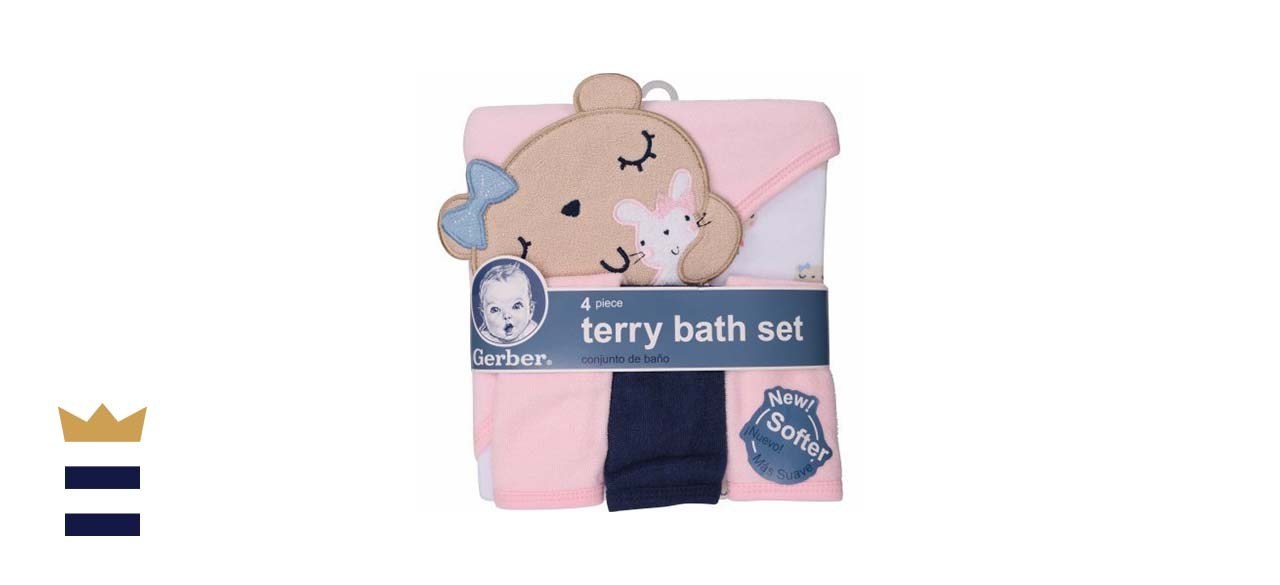 Gerber Newborn Towel and Washcloth Set What you need to know: Straight from the brand name for babies you know and love, this towel set provides all the basics your newborn will need.