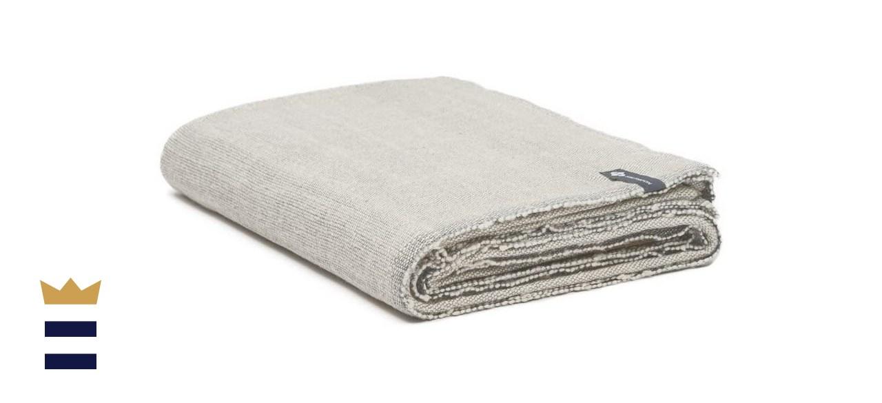 Halfmoon Yoga Blanket