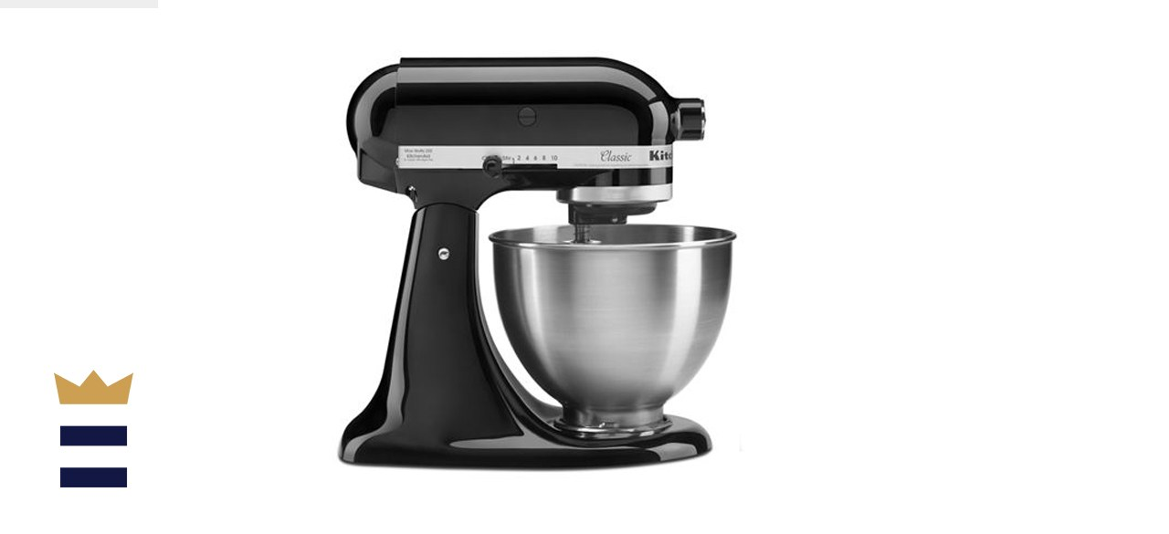 KitchenAid Classic Series 4.5-Quart Tilt-Head Stand Mixer