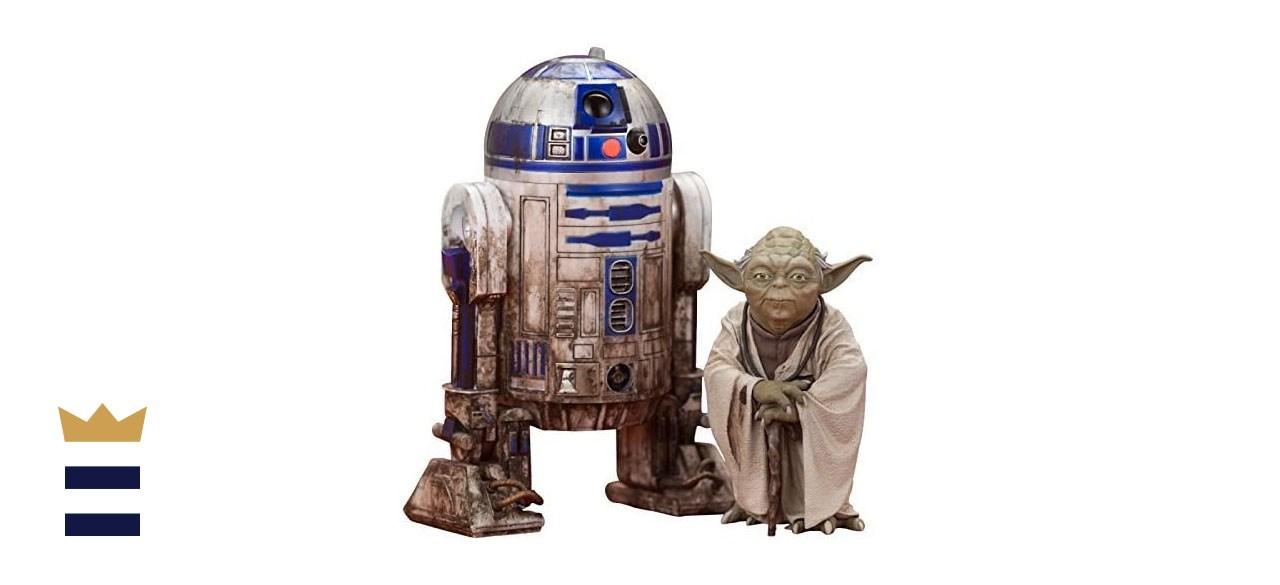 Kotobukiya Star Wars Yoda & R2-D2 Dagobah ARTFX+ Statue 2-Pack