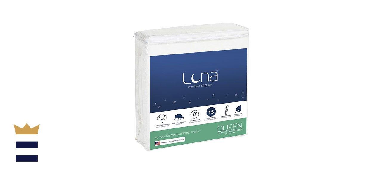 Luna's Premium Hypoallergenic Waterproof Mattress Protector