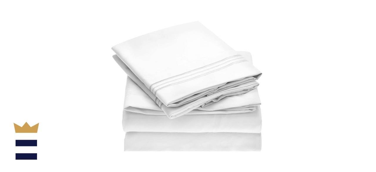 Mellanni's Brushed Microfiber 4-Piece Queen Sheet Set