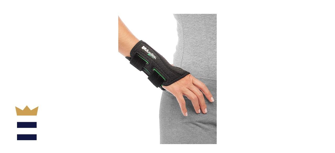 Mueller Fitted Wrist Brace