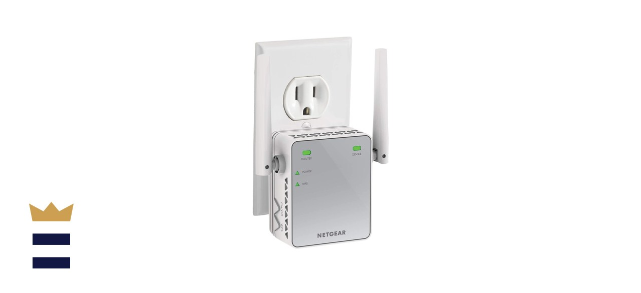 Netgear EX2700 Compact Wall Outlet WiFi Booster