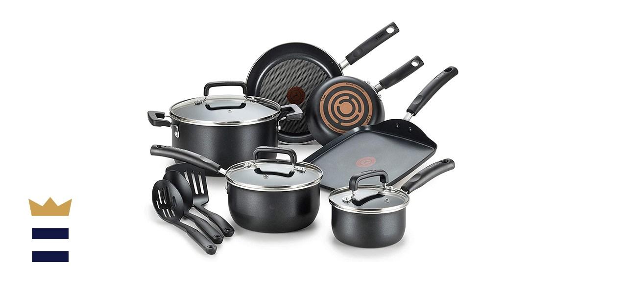 Signature Nonstick 12-Piece Cookware Set