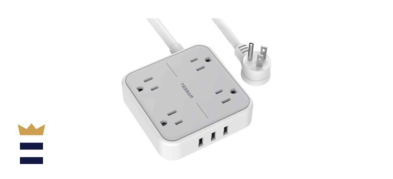 TESSAN Mountable Flat Plug Power Strip with 3 USB Ports