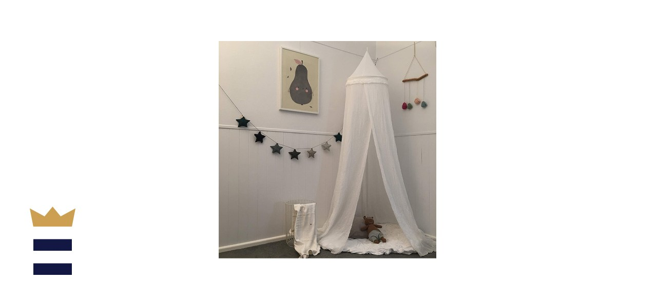Zeke and Zoey Soft White Hanging Bed Canopy