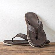 nike sandals for women